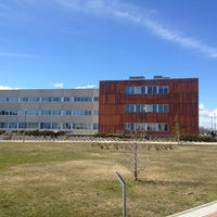 Photo taken at Universidad Rey Juan Carlos (Campus Fuenlabrada) by Eduardo P. on 2/12/2013