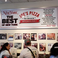 Foto tomada en Joe's Pizza por Jessica H. el 4/14/2018