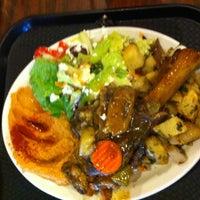 รูปภาพถ่ายที่ Aladdin's Mediterranean Cuisine โดย Mr Cigar เมื่อ 10/6/2012