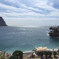 Photo taken at Hotel Mahogany by Romain V. on 9/14/2015