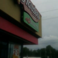 Photo taken at Hardee's / Red Burrito by Dïmples F. on 9/17/2012