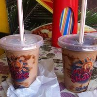 Photo taken at Milk Shake Mix by Marta N. on 6/7/2014