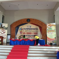 Photo taken at Hiyas ng Bulacan Convention Center by Marc T. on 9/7/2016