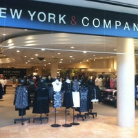 Photo taken at New York & Company by Gabriel M. on 11/6/2013