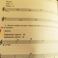 Photo taken at Elite Musical - Unidade Recreio by Vanessa M. on 10/25/2013