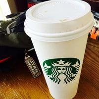 Photo taken at Starbucks by Manu T. on 4/5/2015