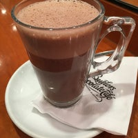 Photo taken at Butlers Chocolate Café by Denesh (दिनेश) on 10/22/2015