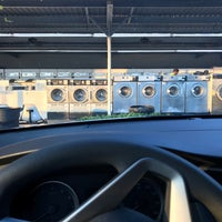 Photo taken at Suds World Coin Laundry by Denesh (दिनेश) on 12/23/2016