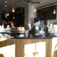 Foto tirada no(a) Stumptown Coffee Roasters por G Scott em 1/1/2013