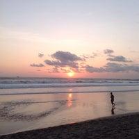 Photo taken at Loving Hut by Hardi H. on 10/28/2013