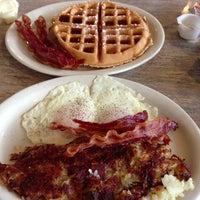 Das Foto wurde bei Penrose Diner von Danielle O. am 1/13/2013 aufgenommen