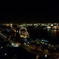 Das Foto wurde bei Tower Bar von Henry S. am 12/13/2014 aufgenommen