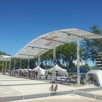 Foto diambil di Plaza Islas Malvinas oleh Hernan G. pada 3/10/2013