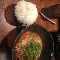 Photo taken at 汁なし担担麺専門 キング軒 東京店 by ymnk on 11/1/2017