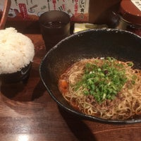 Photo taken at 汁なし担担麺専門 キング軒 東京店 by ymnk on 9/4/2017
