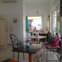 Das Foto wurde bei cafemima von ani d. am 5/26/2014 aufgenommen