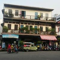 Photo taken at Sri-Trang Hotel by 🚴🏼 Rodney on 11/11/2014