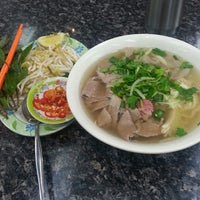 Photo taken at Pho Dakao Hoang Restaurant by Dewi S. on 7/7/2013