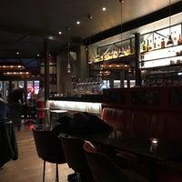 Foto tomada en Café Le Quartier Général por Stephen B. el 2/1/2018