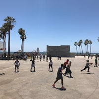 Photo taken at Venice Beach Basketball Courts by Julio G. on 5/27/2017