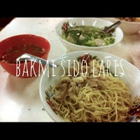 Photo taken at Bakmi Sido Laris by Frederick K. on 3/19/2013