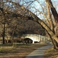 รูปภาพถ่ายที่ Rock Creek Running Trail โดย Doug J. เมื่อ 3/23/2013