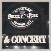 Foto tirada no(a) Grizzly Rose por Kevin C. em 3/16/2013