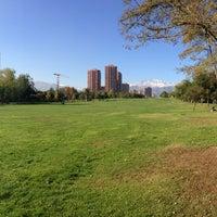 5/5/2013 tarihinde Julio B.ziyaretçi tarafından Parque Araucano'de çekilen fotoğraf