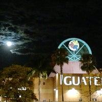 Foto tirada no(a) Shopping Iguatemi por Nilton T. em 8/21/2013