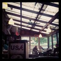 9/29/2012 tarihinde Loganziyaretçi tarafından Elmyr Restaurant & Cantina'de çekilen fotoğraf