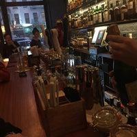Foto scattata a Caledonia Bar da Allison B. il 11/5/2016