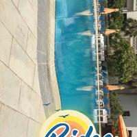 Foto tirada no(a) Rimal Hotel & Resort por فهد ا. em 7/18/2018