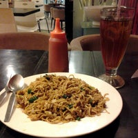 Photo taken at Solaria by Yanty P. on 3/29/2013