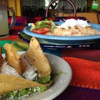 Foto tomada en Restaurante Mirador - Piramides por Mirna C. el 8/10/2013