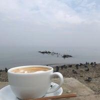 Das Foto wurde bei Just One Coffee von CEM 🐊 Y. am 12/3/2018 aufgenommen