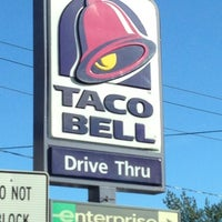 Photo taken at Taco Bell by Roy T. on 11/4/2012