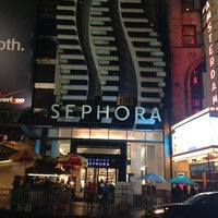 Photo taken at SEPHORA by Roy T. on 12/30/2012