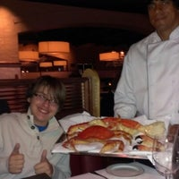 Foto scattata a Truluck's Seafood Steak & Crab da Heather K. il 10/26/2012
