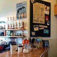 Снимок сделан в Rudy's Coffee to Go пользователем Anna K. 11/10/2014
