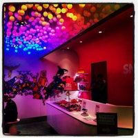 Photo taken at Snog Pure Frozen Yogurt by Jan S. on 10/23/2013