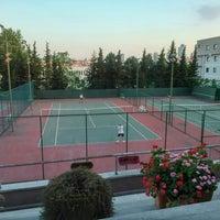 5/16/2016にAttila E.がİTÜ Tenis Kortlarıで撮った写真