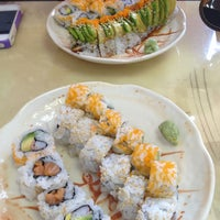 Photo taken at Sushi House by Laura H. on 7/29/2013