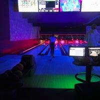 Photo taken at Zodo's Bowling & Beyond by Hanne J. on 10/5/2017