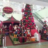 Photo taken at Bauru Shopping by Celso Takeshi K. on 12/26/2012
