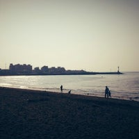 Photo taken at Iho Taewu Beach by yucheol o. on 9/23/2012