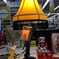 Photo taken at Bed Bath & Beyond by Wendy D. on 12/29/2013