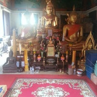 Photo taken at วัดสระเศรษฐี by Nannapat T. on 7/21/2013