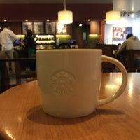 Photo taken at Starbucks by Yoshikazu I. on 5/8/2017