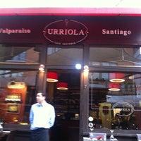 Foto tirada no(a) Urriola Café Resto Bar por Eduardo R. em 12/6/2012