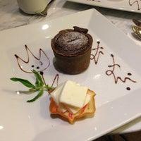 5/13/2013 tarihinde Serkan Ç.ziyaretçi tarafından Âlâ Cafe & Bistro'de çekilen fotoğraf